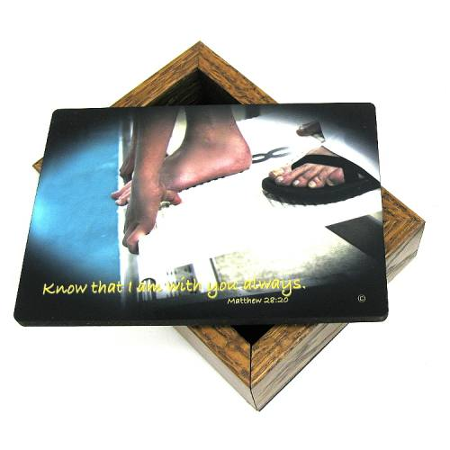 Keepsake Box Swimming